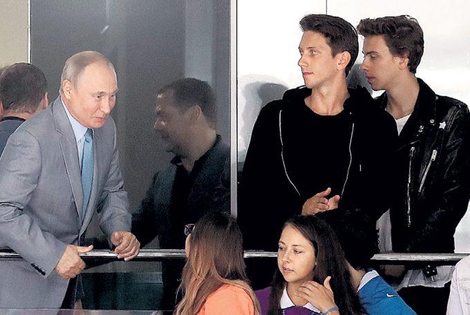 Владимир и юркисс братья фото